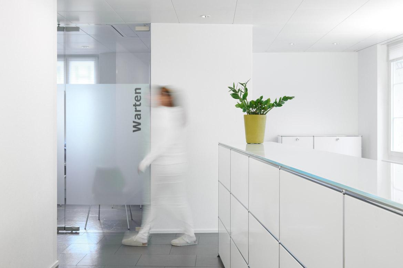 Deine Zahnärzte in Zofingen   Zahnarztpraxis DZZ Lutz & Cantelmi AG